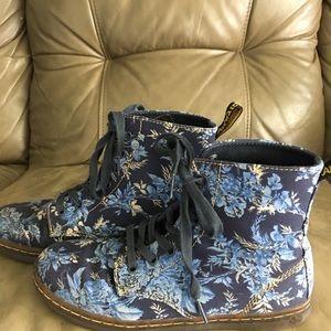 Dr. Martens Shoes - Blue flower Doc Martins.